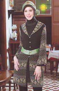 Model Baju Batik Muslim Yang Modern