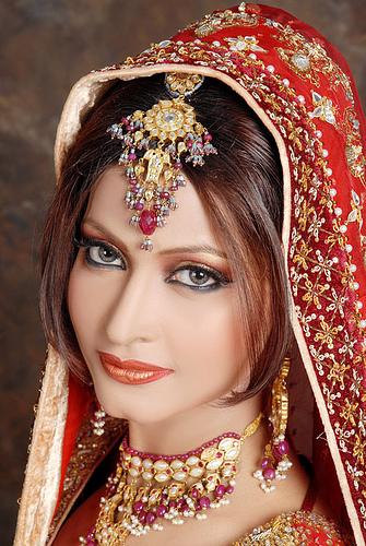 Best Pakistani Fashion Bridal Dresses Designs Collection 2011