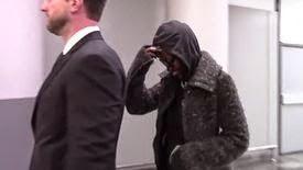 Lupita Nyong'o est questionnée sur sa robe volée