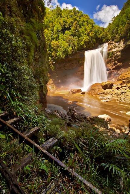 Mangatini Falls, New Zealand