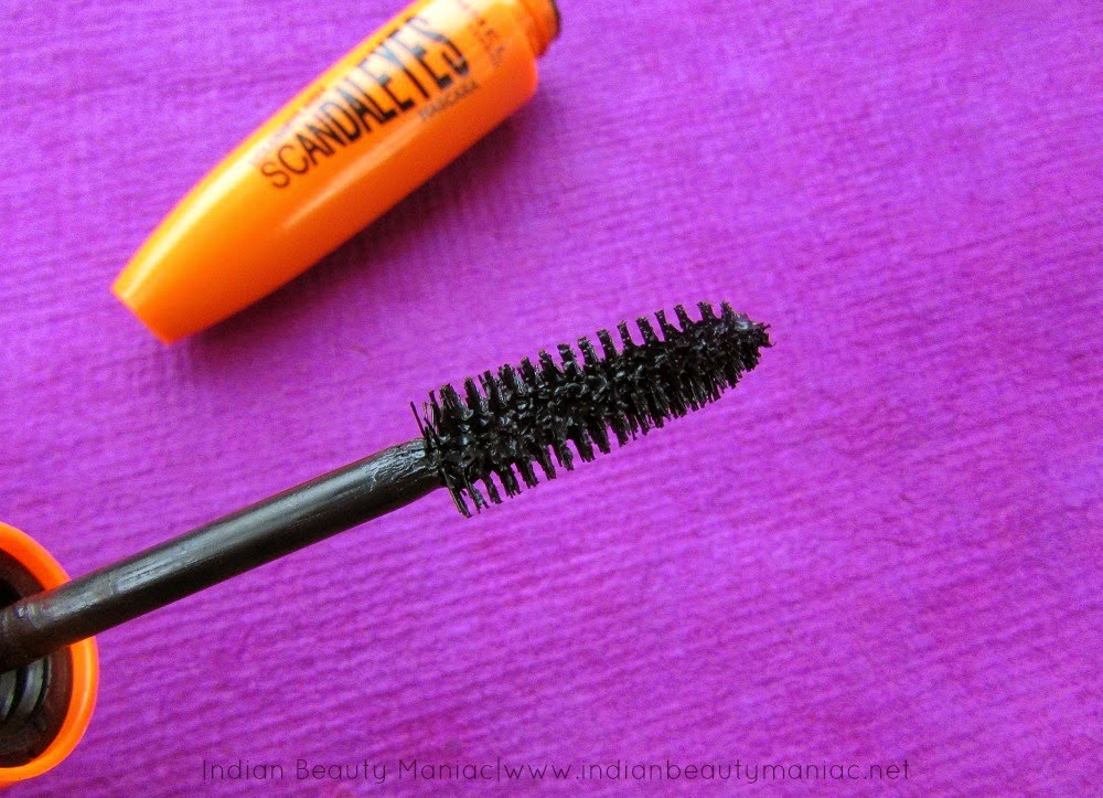 Rimmel Volume Flash Scandaleyes Mascara, Rimmel Scandaleyes Mascara Review, Rimmel Mascaras, Affordable Mascaras in India, Best Mascaras, Scandaleyes, Rimmel London, Best Mascaras for Indian Eyes, Indian Beauty Blogger, Indian Makeup Blogger, Review