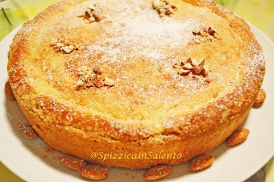 tarte pasticciotto, gâteau sablé et crème pâtissière made in salento