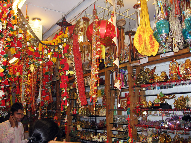 Diwali Shopping Ideas: Diwali Festival Celebration in India ...