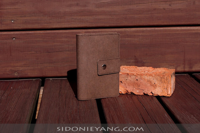 咖啡色可水洗牛皮紙筆記套 Washable Kraft Paper Notebook Cover in Brown