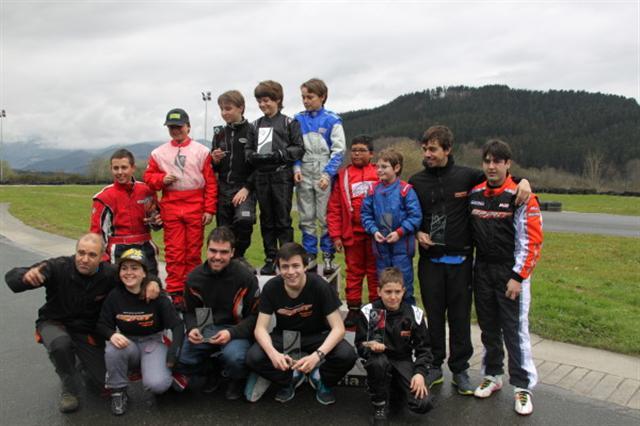 Circuito Olaberria : Pilotos españoles por el mundo ª prueba karting series