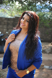 Tashu Kaushi in Spicy Golden Top and Blue Jacket Spicy Pics
