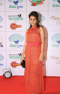 Actress Sonia Latest Picture Gallery in Long Dress at Memu Saitam Dinner with Stars Red Carpet 12