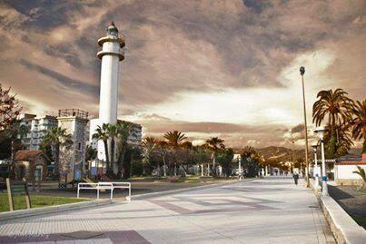 http://lamarchadelcamionero.blogspot.com.es/2011/03/torre-del-mar.html