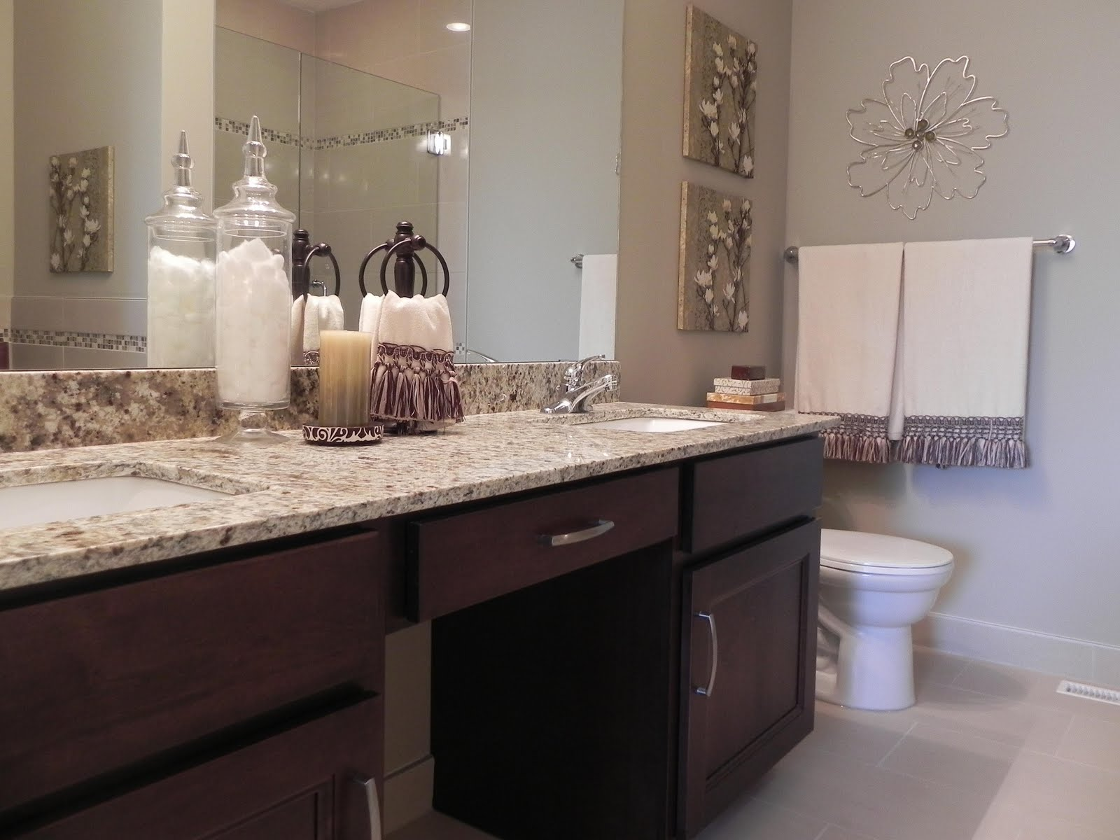 Tilt staging and design vacant property staging staged for Bathroom staging ideas