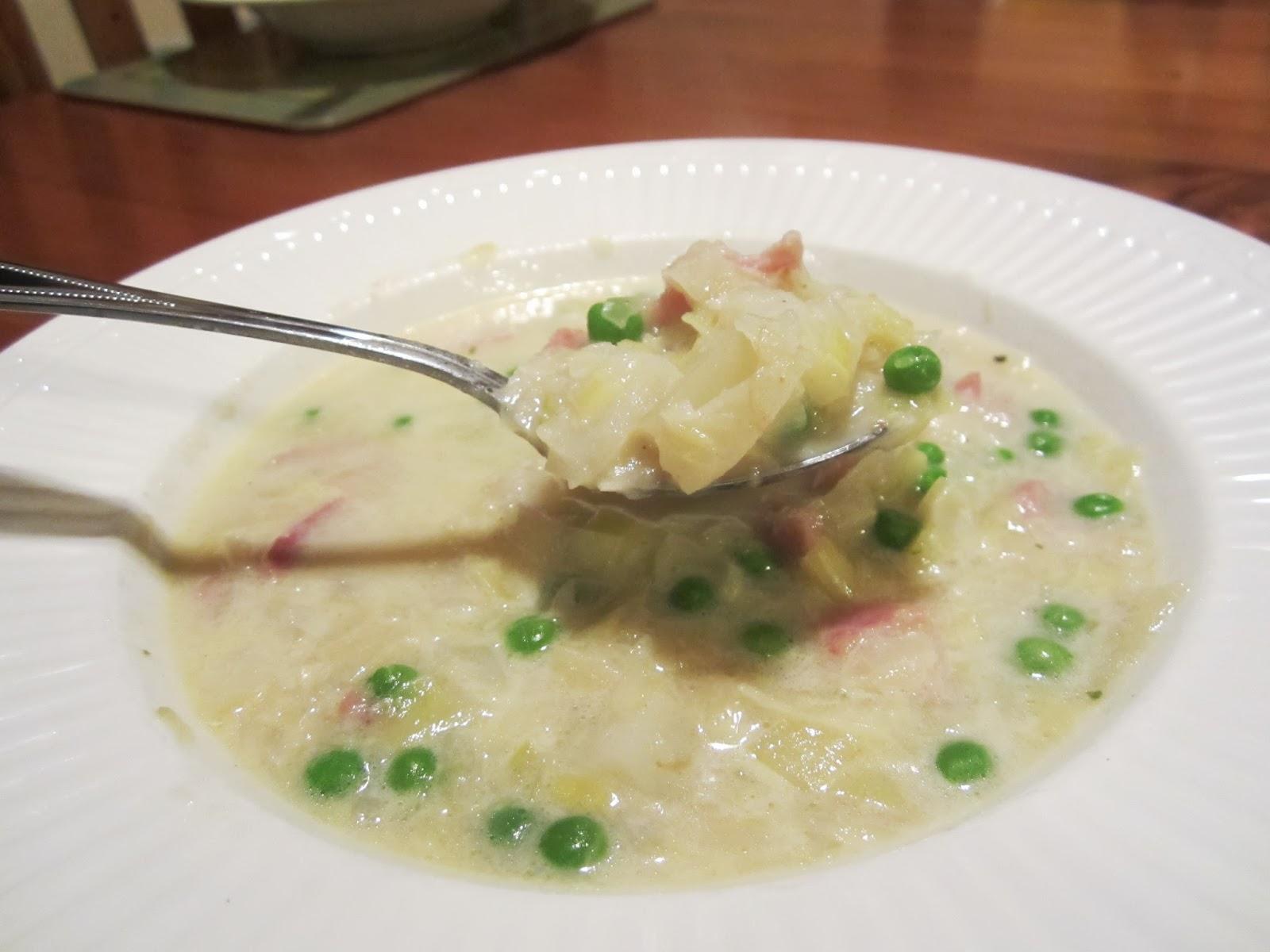 Edible Escapades: Bacon, Leek and Potato Soup