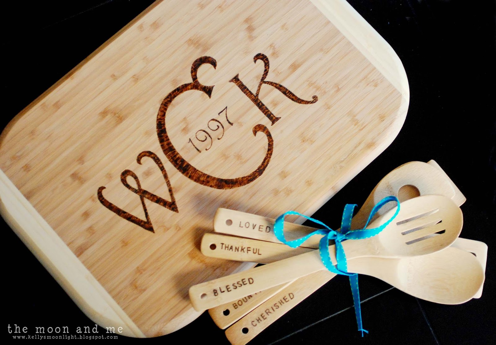 The moon and me diy personalized cutting board solutioingenieria Choice Image
