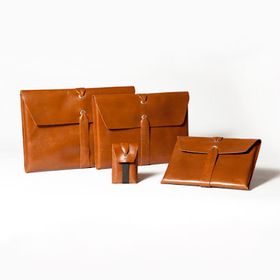 tan leather ipad sleeve