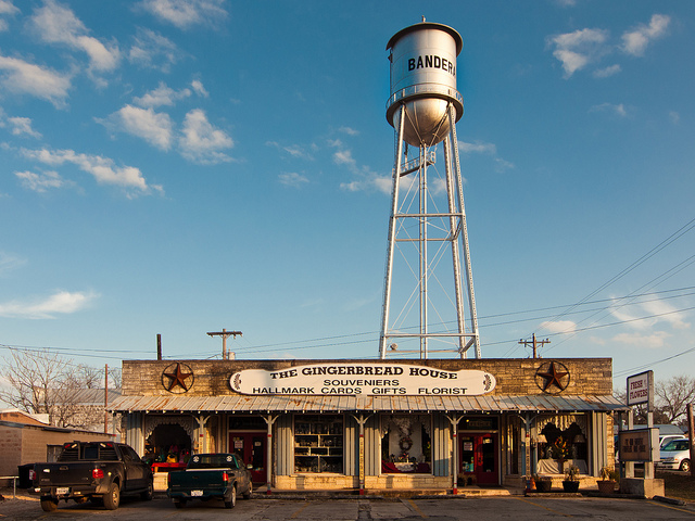 Top 5 Cowboy Towns   Perpetual Traveller Antonio Banderas Awards