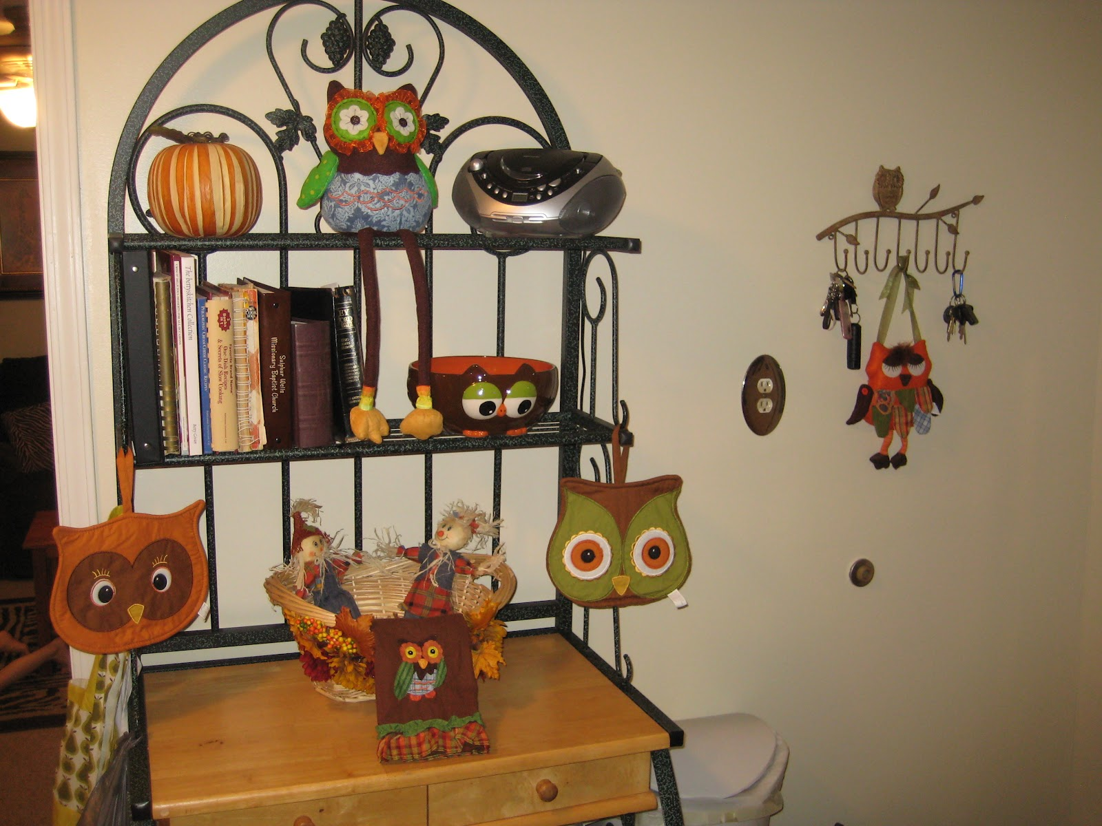owl kitchen