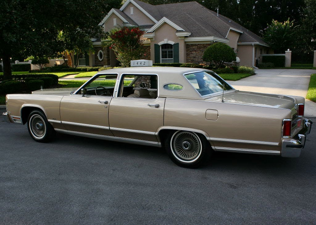 1978 Lincoln Continental Town Car 4 besides Dodge Warlock in addition Historia Dodge Ram 1981 2015 as well 2000 Lamborghini Diablo GTR photo additionally 1994 Dodge Intrepid Overview C1759. on 1994 dodge power wagon