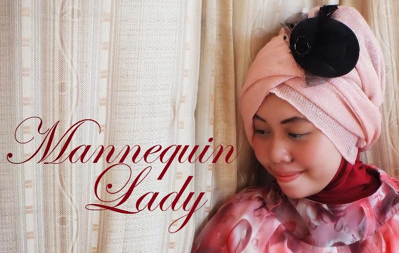 Mannequin Lady