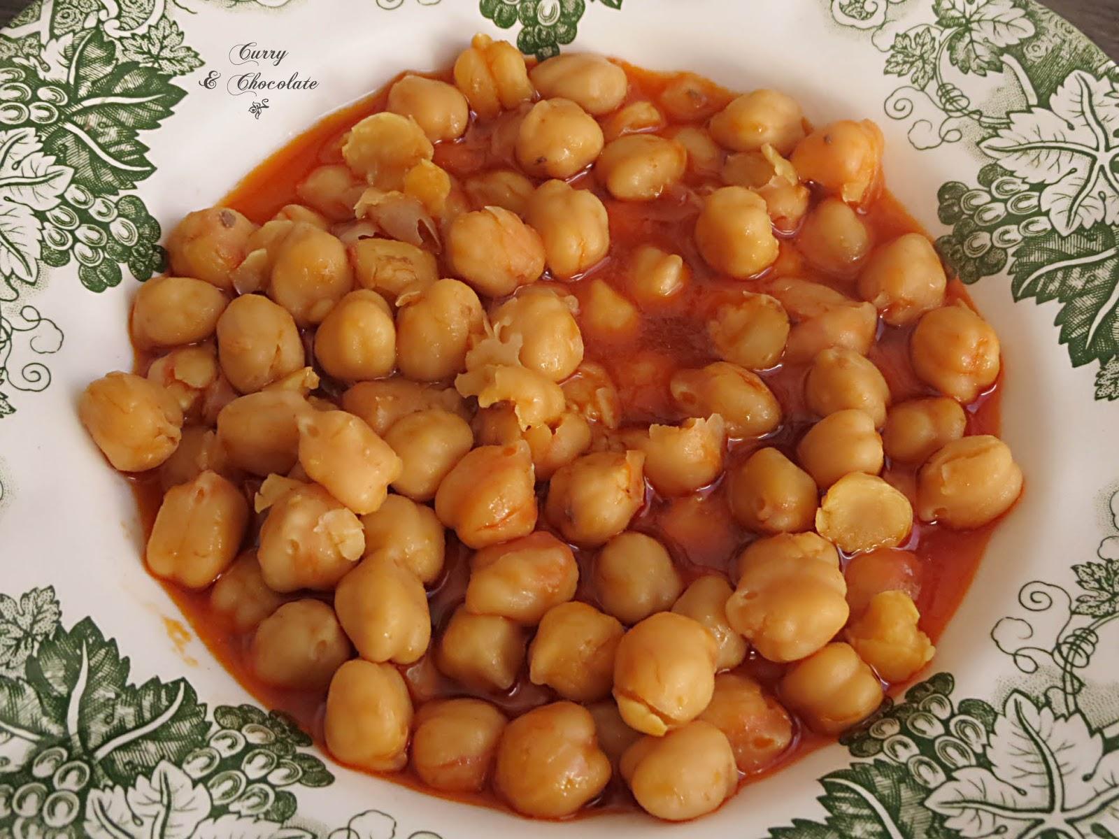 Cocido de garbanzos burgalés – Chickpea stew