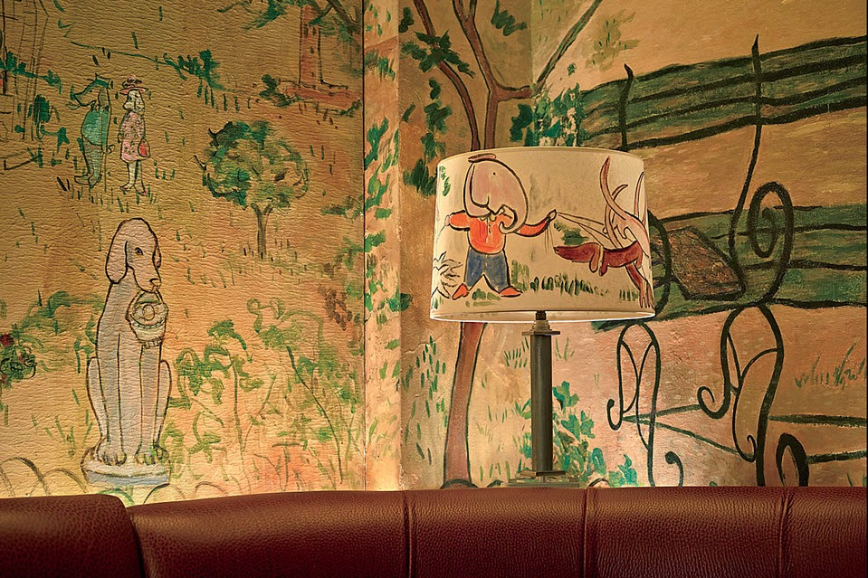 Good books for young souls madeline a new york girl 75 for Bemelmans bar mural