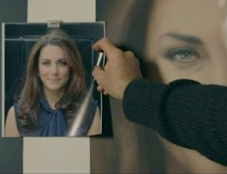 the source photo used for Kate Middleton's official portrait painting by Paul Emsley