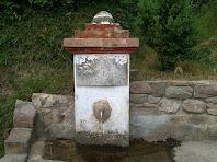 Detall de la Font de la Vinya