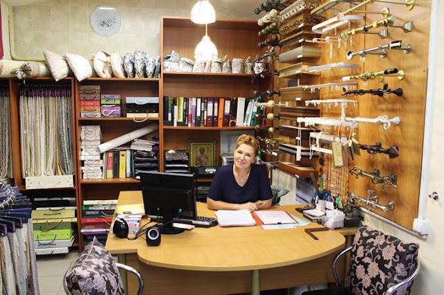 Выставка-премьера «Ностальгия по лету» едва открылась, а Лариса Вячеславовна Леже уже вынашивает новые планы.