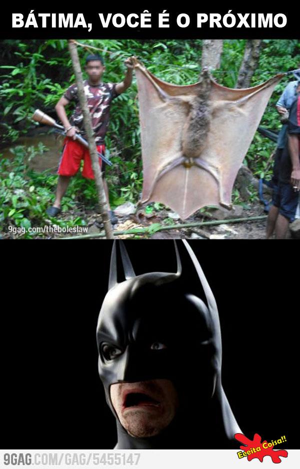 Dessa o Bátima não escapa depois que pegaram o maior morcego da África o Batman ficou muito assustado porque ele poderia ser o próximo