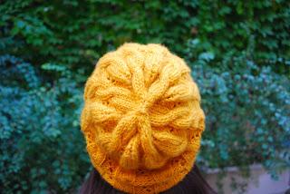 Bonnet tricot Hermione moutarde phildar