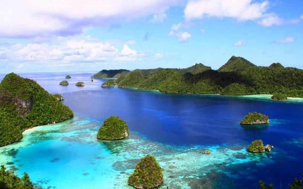 Raja Ampat Tourism - Visit Indonesia Raya
