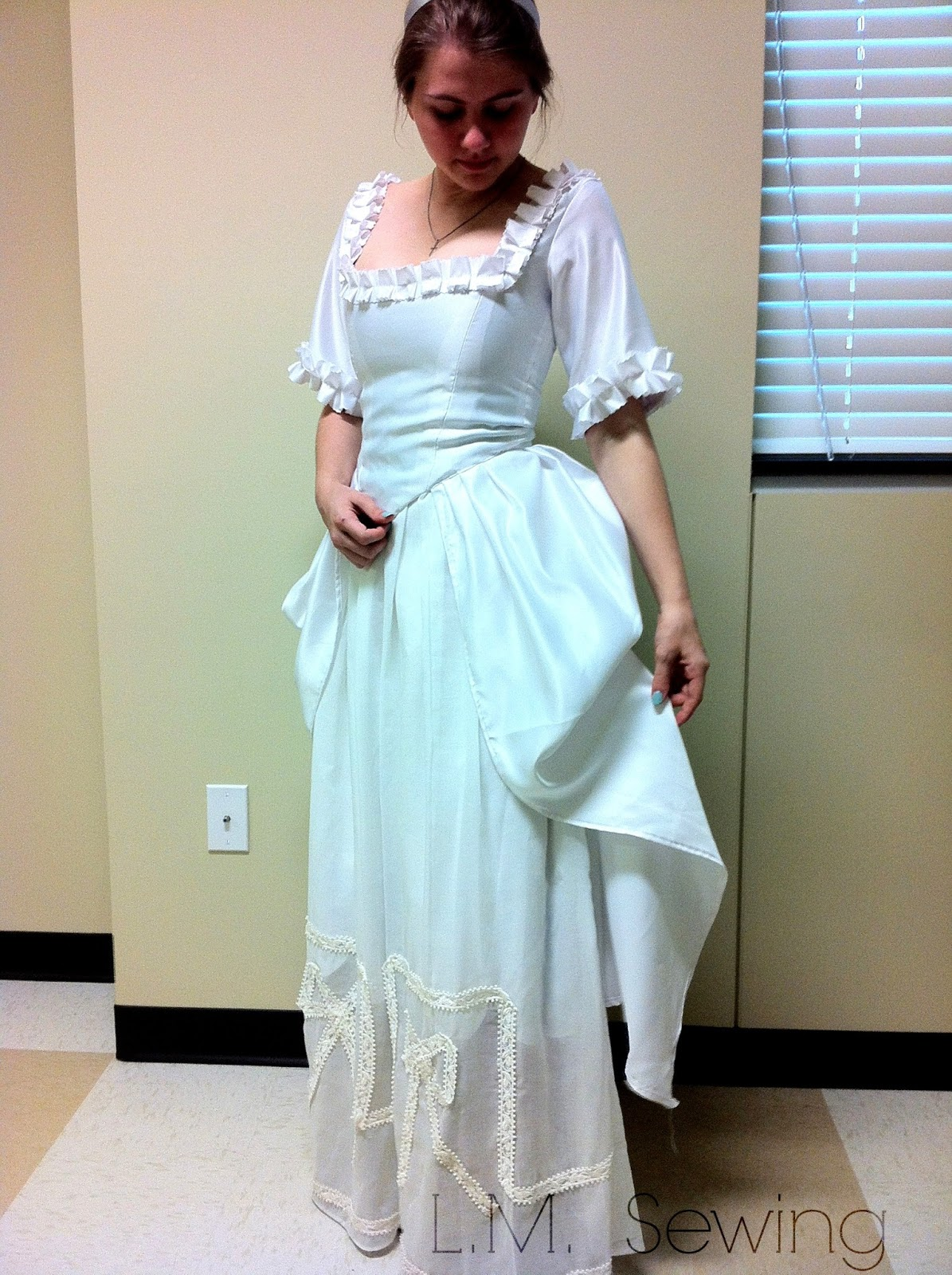 L.M. Sewing: HSF Challenge 15: White