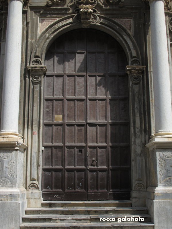 The Old Part Of Trapani Has Some Very Wonderful Baroque Buildings With Great Looking Intricate Doors. & Rocco Doors \u0026 Sliding Doors In Polytec MELAMINE Rocco Lini Matt ... Pezcame.Com
