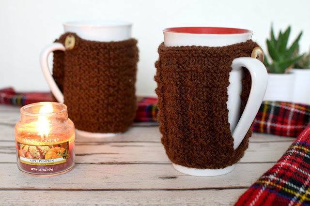 DIY knitted mug cozy