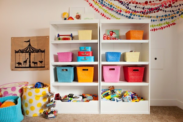 Como montar un cuarto de juegos para ni os lleno de color - Juego decorar habitacion ...