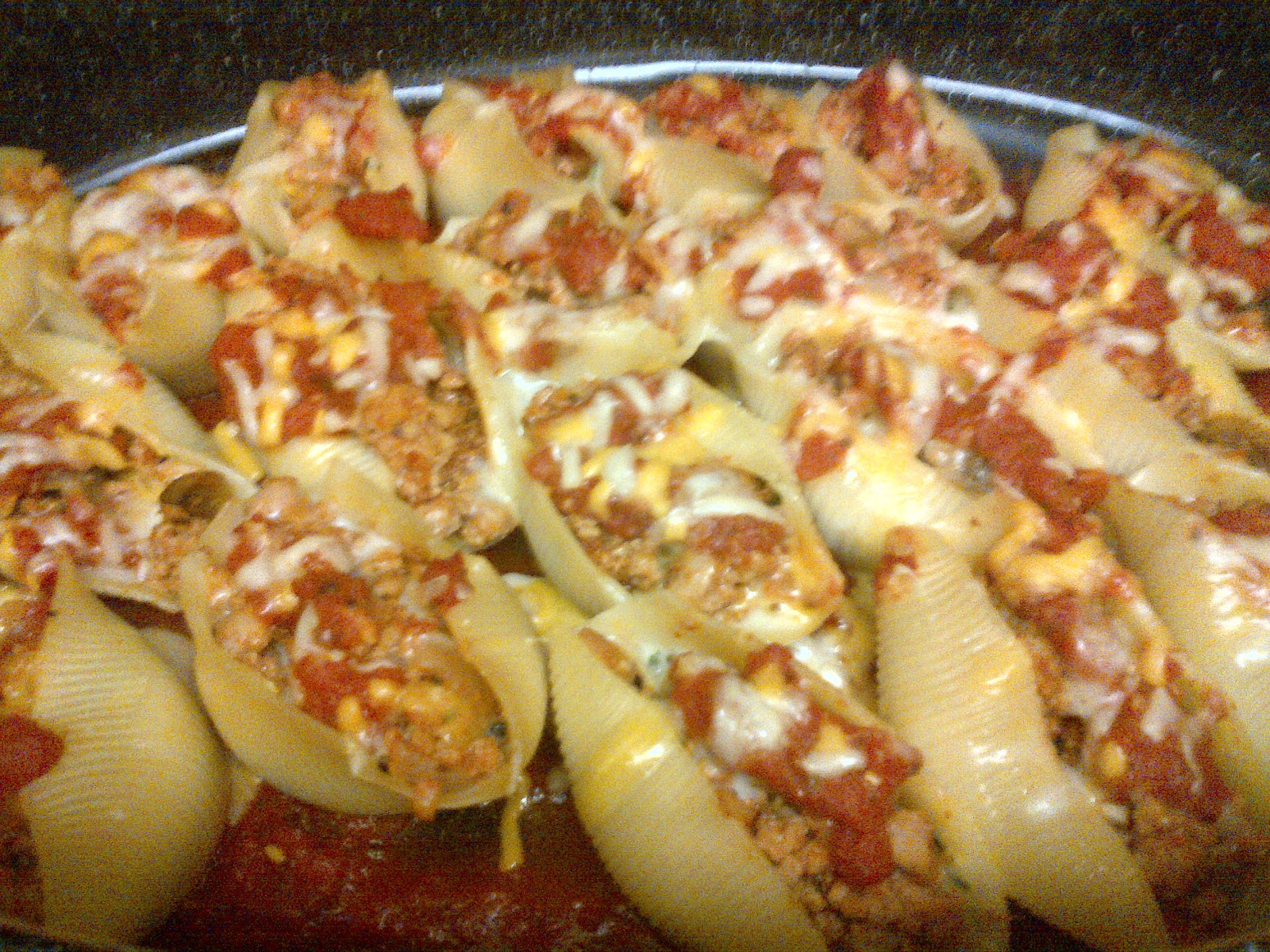 Ground Turkey and 3 Cheese Stuffed Pasta Shells - Spoons ...