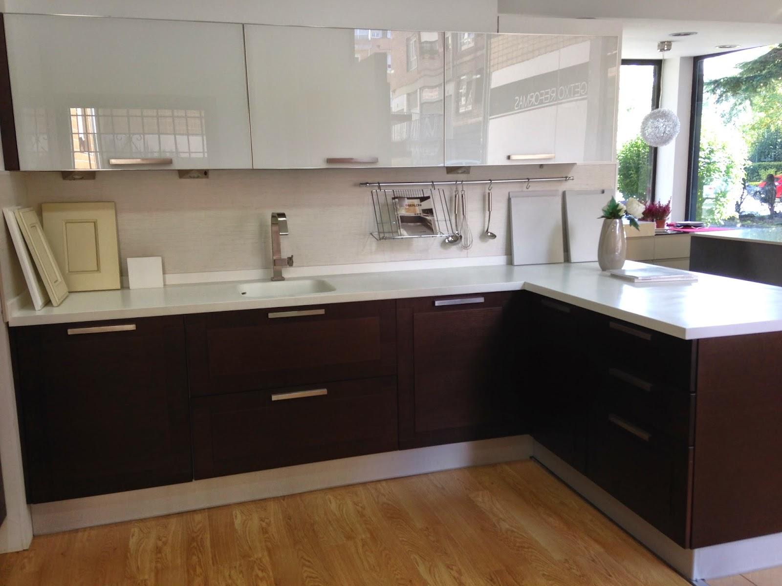 Precios Especiales en muebles de cocina por CAMBIO de EXPOSICION
