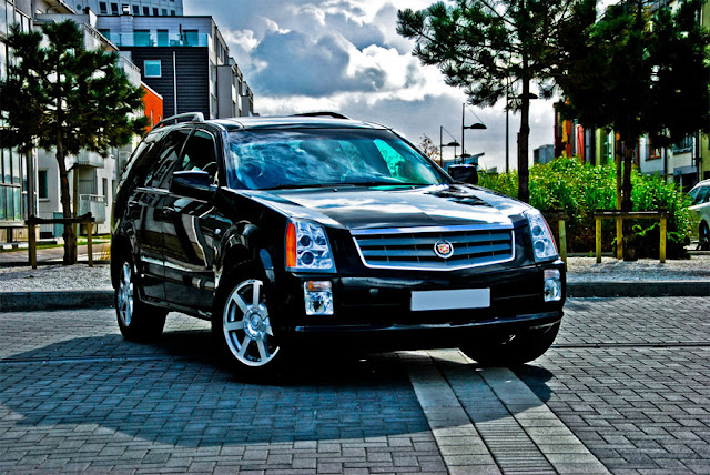 Cadillac SRX | キャデラック・SRX(2004-2009)