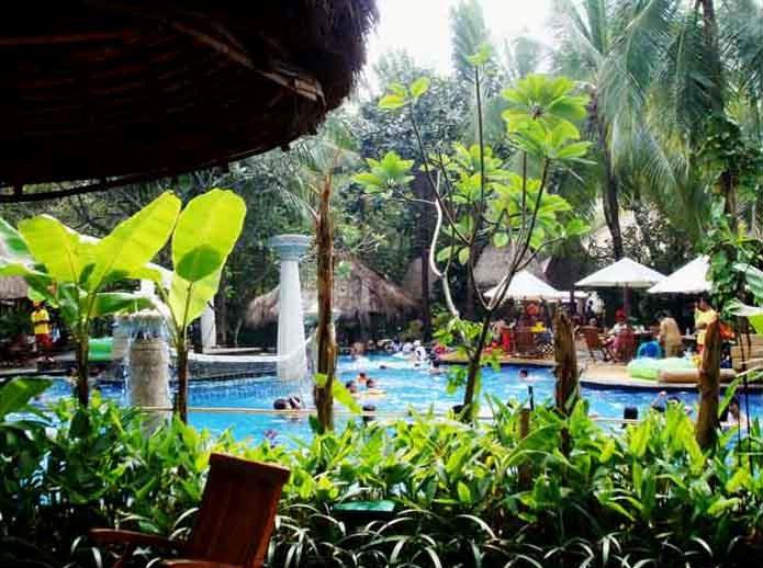 Wisata Air Waterboom Lippo Cikarang: Info Lengkap