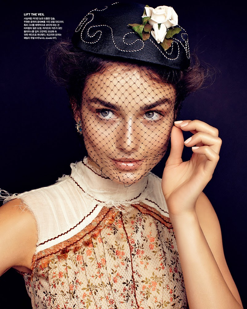 Fashion Model: Andreea Diaconu - Vogue Korea February 2015