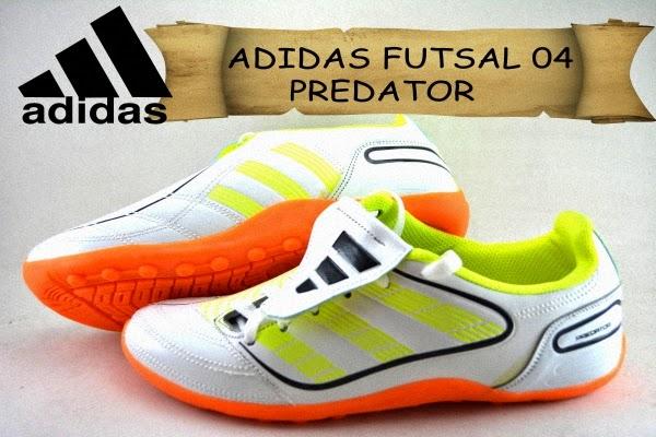 Sepatu Futsal  Sepatu Futsal Adidas Predator 04