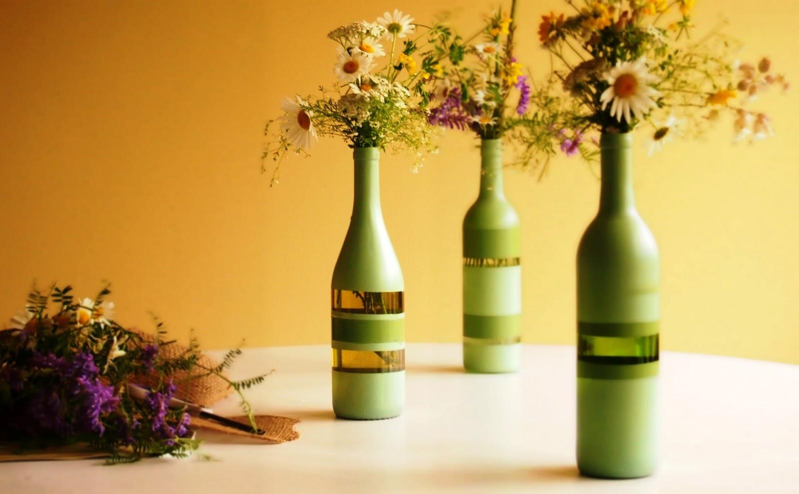 Wine bottle recycle craft project art craft projects - Botellas de vino decoradas ...
