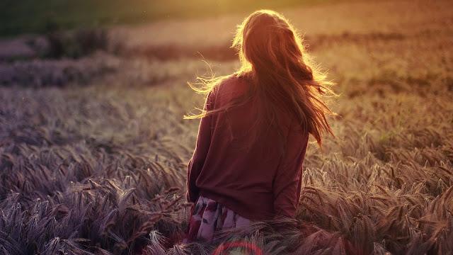 Girl Walking in Dry Grain Field Sun Lights HD Wallpaper