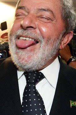 Nada contra um dízimo atrás do outro: Lula pede dízimo aos fieis petistas