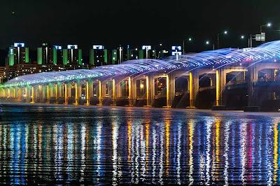 korea, seoul, Seocho, Yungsan, sungai, Jamsu, jembatan, transportasi, Guiness World Record, Moonlight Rainbow Fountain, romantis, korea, wisata indonesia, wisata asia, backpacker, traveling,
