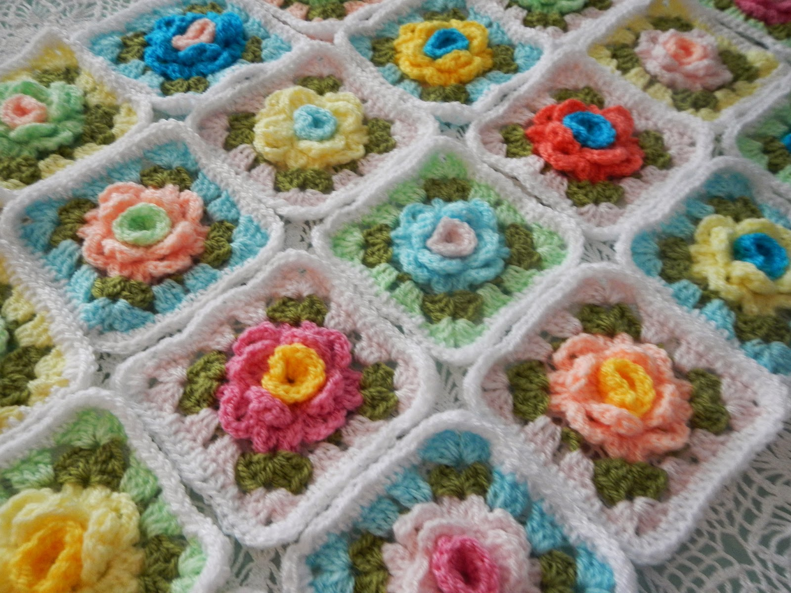 Apple Blossom Dreams: WEEK 4 - Granny Rose CAL: Granny Row and Bonus ...