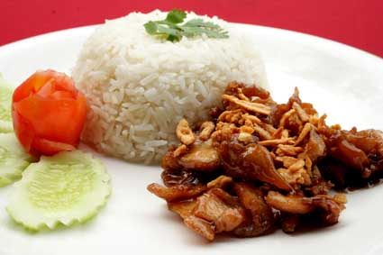 What to make with pork-Fried pork with garlic and pepper