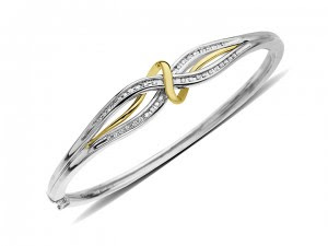 The Latest Jewelry Gold Trends 2013 photo