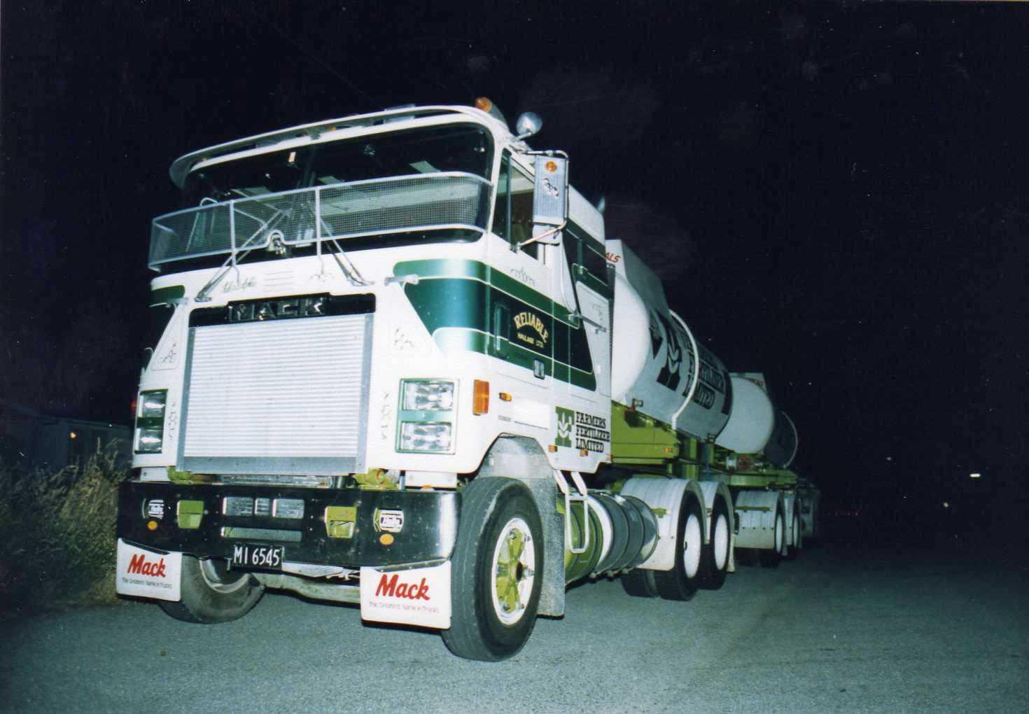 Mack Truck Fertilizer : The road ranger tankers