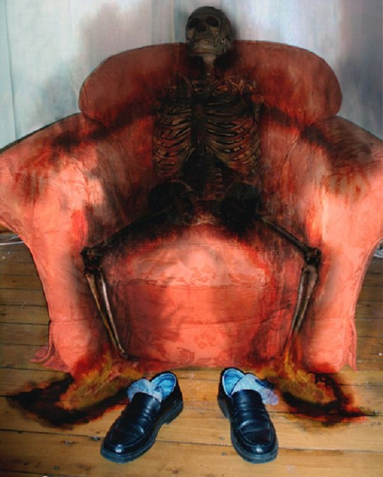 essay on spontaneous human combustion Today we're going to point our skeptical eye at one of the mainstays of the  paranormal: spontaneous human combustion (shc) the idea is.