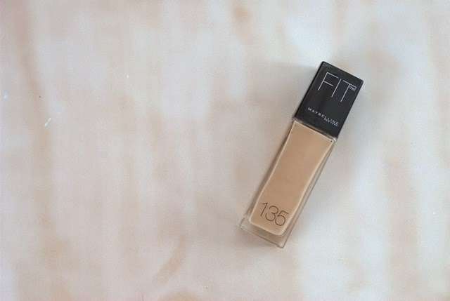 base de maquillaje Fit Me de Maybelline