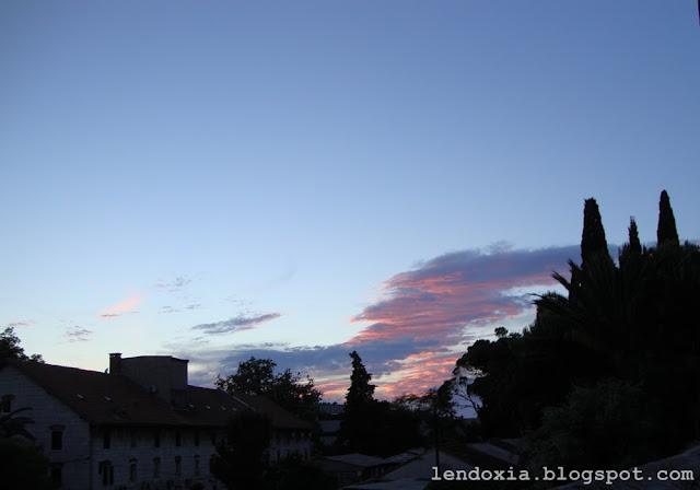 crveni oblaci