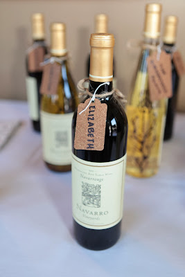 Personalized Wine wedding favors